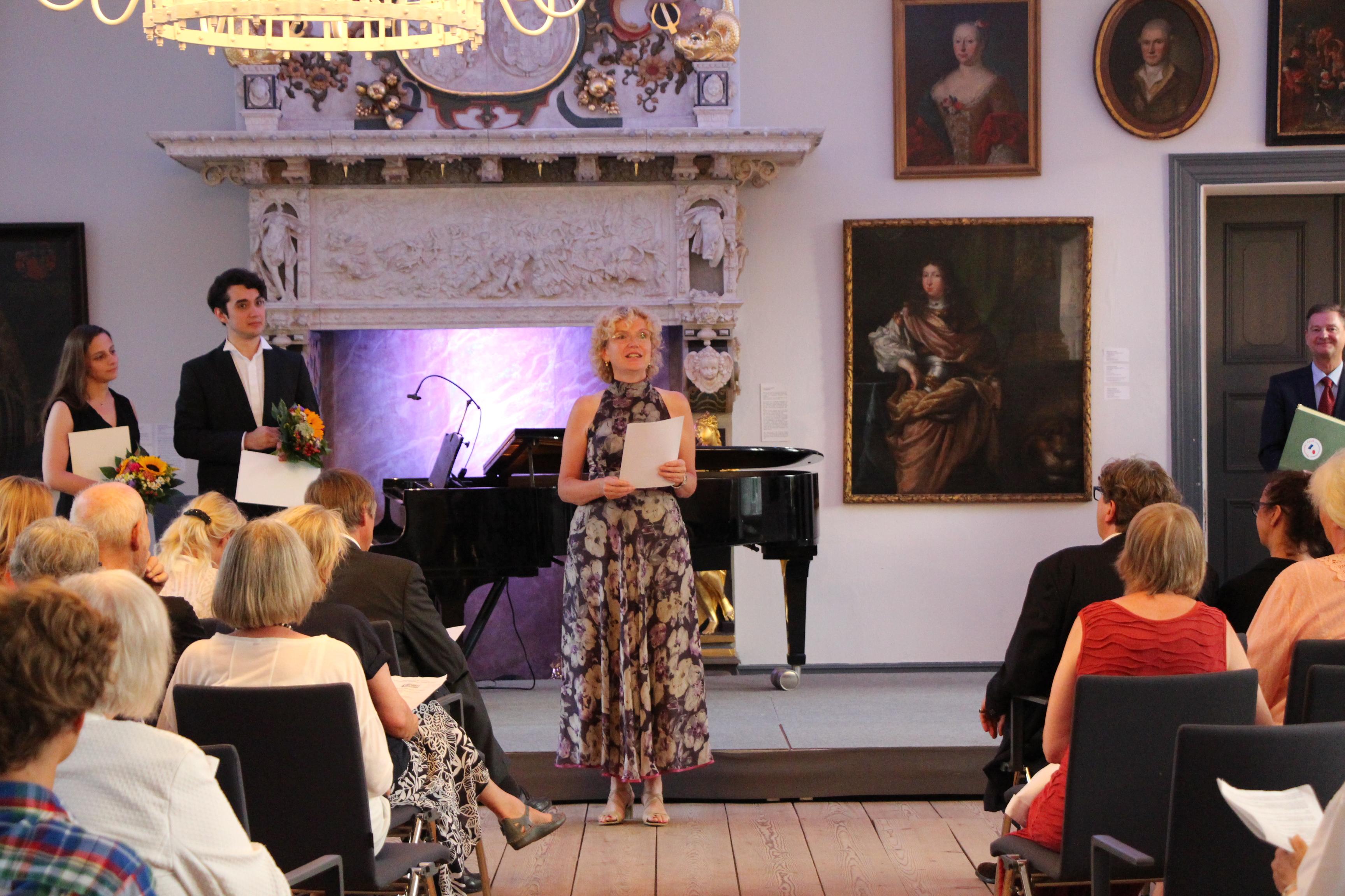 Anne Schwanewilms verkündet den 2. Preis (2018)